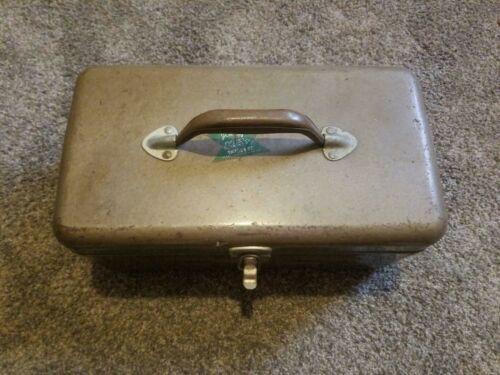 SIMONSEN TACKLE BOX WITH VINTAGE TACKLE