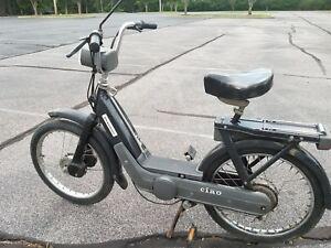 Vespa piaggio ciao moped