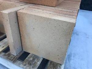 Cheap Fire Bricks for Pizza Ovens and Fireplaces