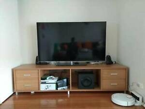 TV Entertainment Unit 210Lx60Wx50H(cm) in Good Condition
