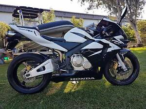 Good looking sports bike. Under 4k some nice mods. Rocklea Brisbane South West Preview