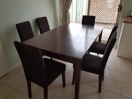 Dining Table And 6 Chairs
