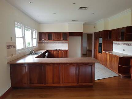 Timber Kitchen in great condition