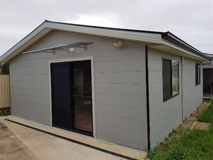 Smithfield - 2 Bedrooms Granny Flat for Rent
