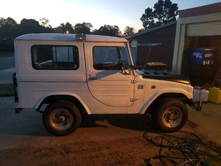 4x4  hunting truck and trailer