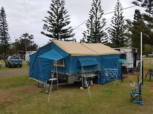 Camper trailer 4x4 camping caravan