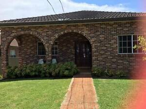 Nice, spacious brick house with single and double rooms for rent