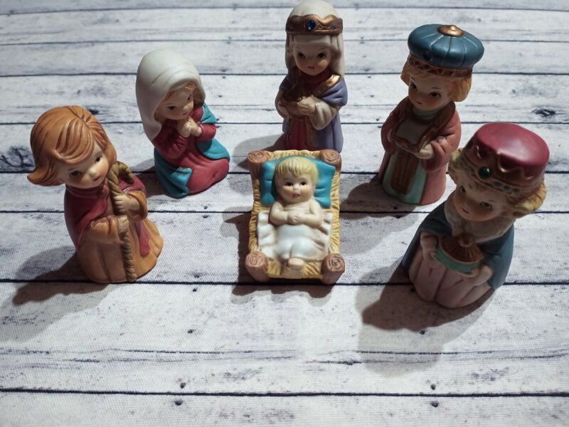 Vintage Christmas Nativity Set Homco Style Unmarked Childrens Set of 6 1950 60