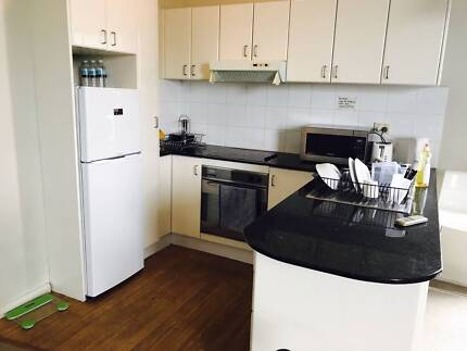 ShareRoom for female in Central (Tidy)