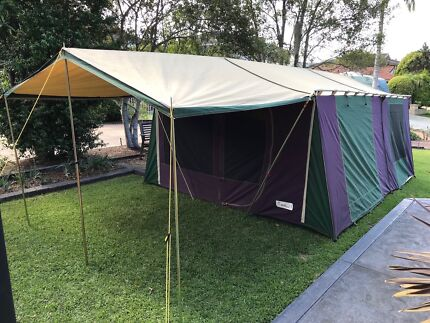 Large Canvas Tent in excellant condition