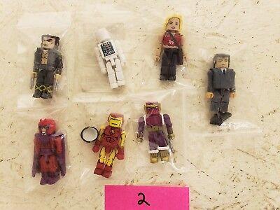 Superheros And Villians (Minimates Superhero and Villian Set of 7 Figures LOOSE set)