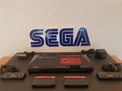 Sega Master System Console Bundle W 3 Games   2 Controllers  Tested