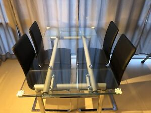 Structube EUROPA extendable dining table