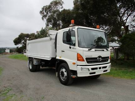 2004 Hino GH Tipper Wallington Outer Geelong Preview
