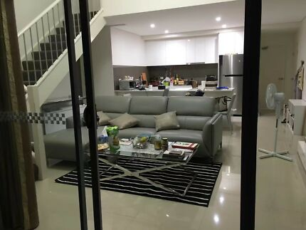 Cozy room in a lovely penthouse in Parramatta