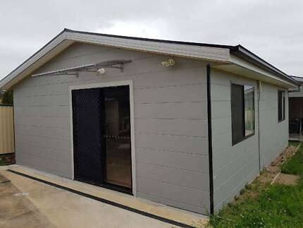 SMITHFIELD - GRANNY FLAT FOR RENT