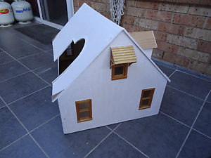 Novelty dog or cat house Revesby Bankstown Area Preview