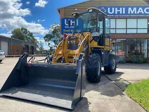 UHI UWL916 Wheel Loader 1.6T loading capacity Chipping Norton Liverpool Area Preview
