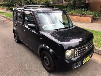 2010 Nissan Cube Van---perfect car quick sale