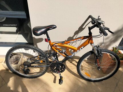 Kent Mountain Bike in Mint Condition