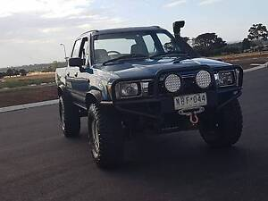 1994 Toyota Hilux SR5 Double Cab 4x4 3.0L Diesel Cranbourne West Casey Area Preview