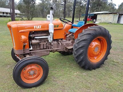 Fiat 411R Tractor