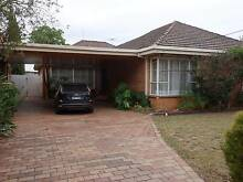 4 ROOMS AVAILABLE IN LARGE RETRO NEWLY CONVERTED SHAREHOUSE! Caulfield North Glen Eira Area Preview
