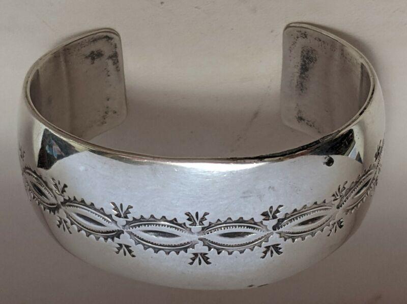 Vintage IHMSS Sterling Silver Cuff Bracelet Navajo Conch