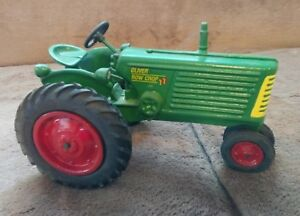 SpecCast Diecast Oliver Row Crop 77 1/16 Scale Collector Farm Tractor Model