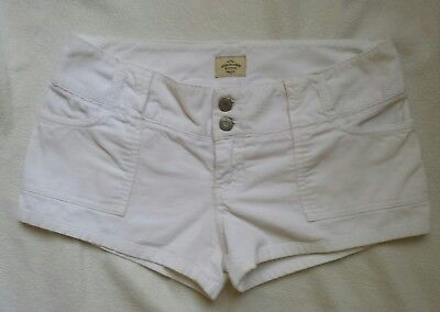 Abercrombie & Fitch White Cotton Shorts Size 4