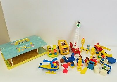 FISHER PRICE LITTLE PEOPLE FIGURES BUS FURNITURE ETC LOT OF 50+