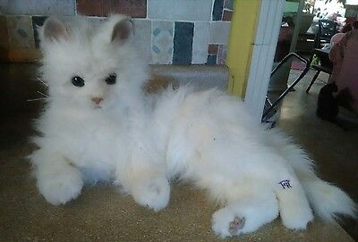 2006 WHITE CAT HASBRO FURREAL INTERACTIVE TOY Lying  Down LULU CAT LIFE LIKE