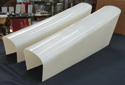 Pair or Seeburg Jukebox Model 100 C Front Plastic Column Covers