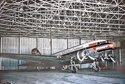 "Braniff Airways Douglas DC-3 ((8""x10"")) Print"