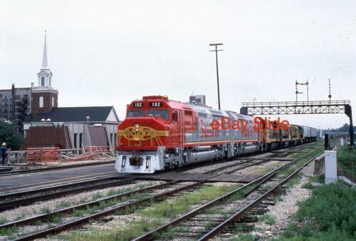 Original ATSF 102 168 FP45 Joliet Illinois 35mm Photo Slide 1989