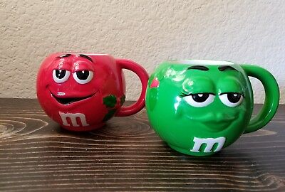 Pair of 2 M&M Christmas Small Round Cup Mug Galerie Red Green M and M's Mars](M&m Couple)