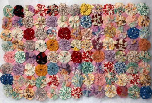 Vintage Yo-Yo Table Topper Feedsack Fabrics Hand Stitched 12.75 x 19?