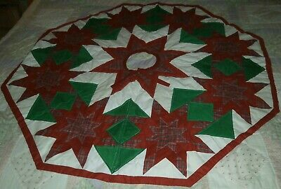 48 inch Hexagon Christmas Tree Plaid Red Green White Lined Pattern Tree Skirt