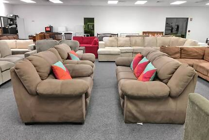 DELIVERY TODAY QUALITY EXTREMELY COMFORTABLE 3x1x1 sofas set SALE