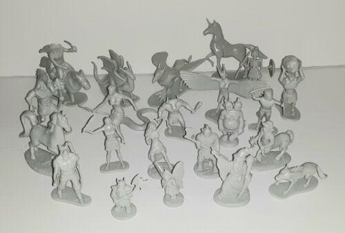 Fantasy Creatures - set of 21 - PVC - Minotaur - Elf - Wizard - Griffin - Dwarf