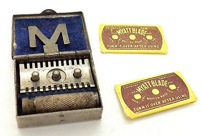 1940S Myatt Miniature Ladies Safety Razor In Case W  2 Blades  Clean   Nice