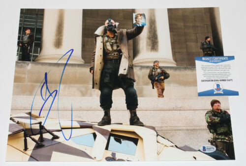 TOM HARDY SIGNED THE DARK KNIGHT RISES BANE 11x14 PHOTO D BATMAN BECKETT BAS COA