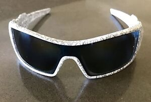 100% Authentic Oakley Oil Rig Polarized Men's Sunglasses (As New) Gulfview Heights Salisbury Area Preview