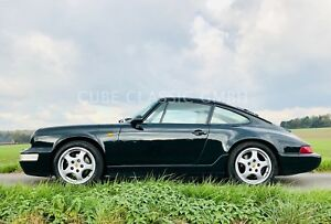 Porsche 964 / 911  Carrera 4 orig. British Racing Green