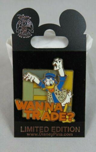 Walt Disney World Pin - Wanna Trade? - Donald Duck - 3D / Stained Glass