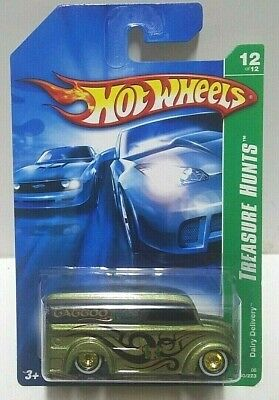2006 Hot Wheels Treasure Hunt Dairy Delivery Real Riders! w/Protector Pack
