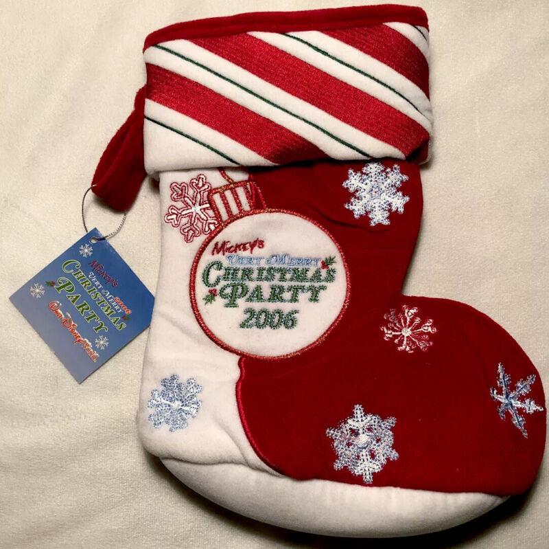 "Disney-Mickey's Very Merry Christmas Party Stocking 2006-11"" Bean Bag Bottom-NWT"