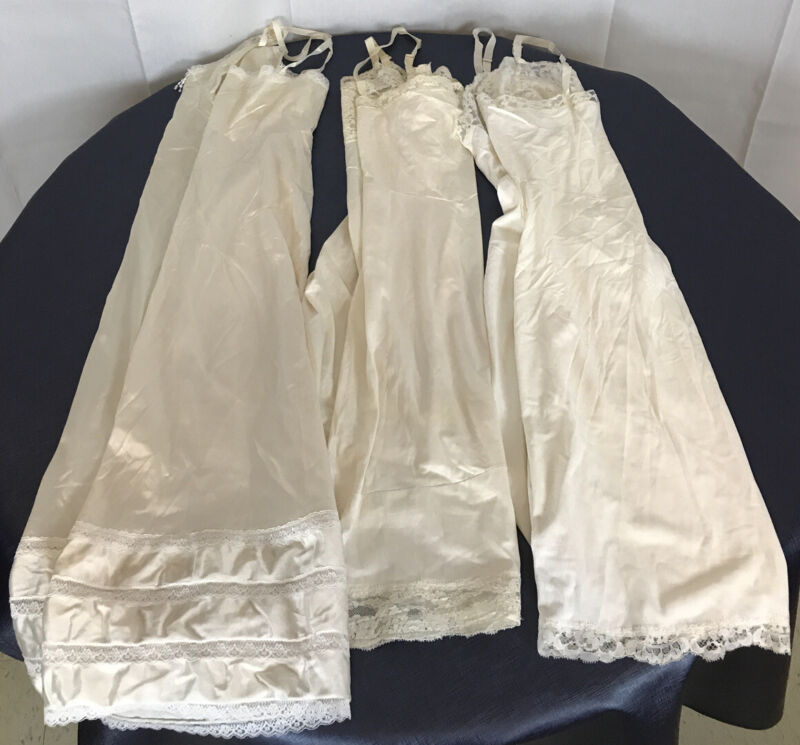 Lot of 3 Vintage full slips 1 Shadowline size 34,36 ivory negligee beige fitted