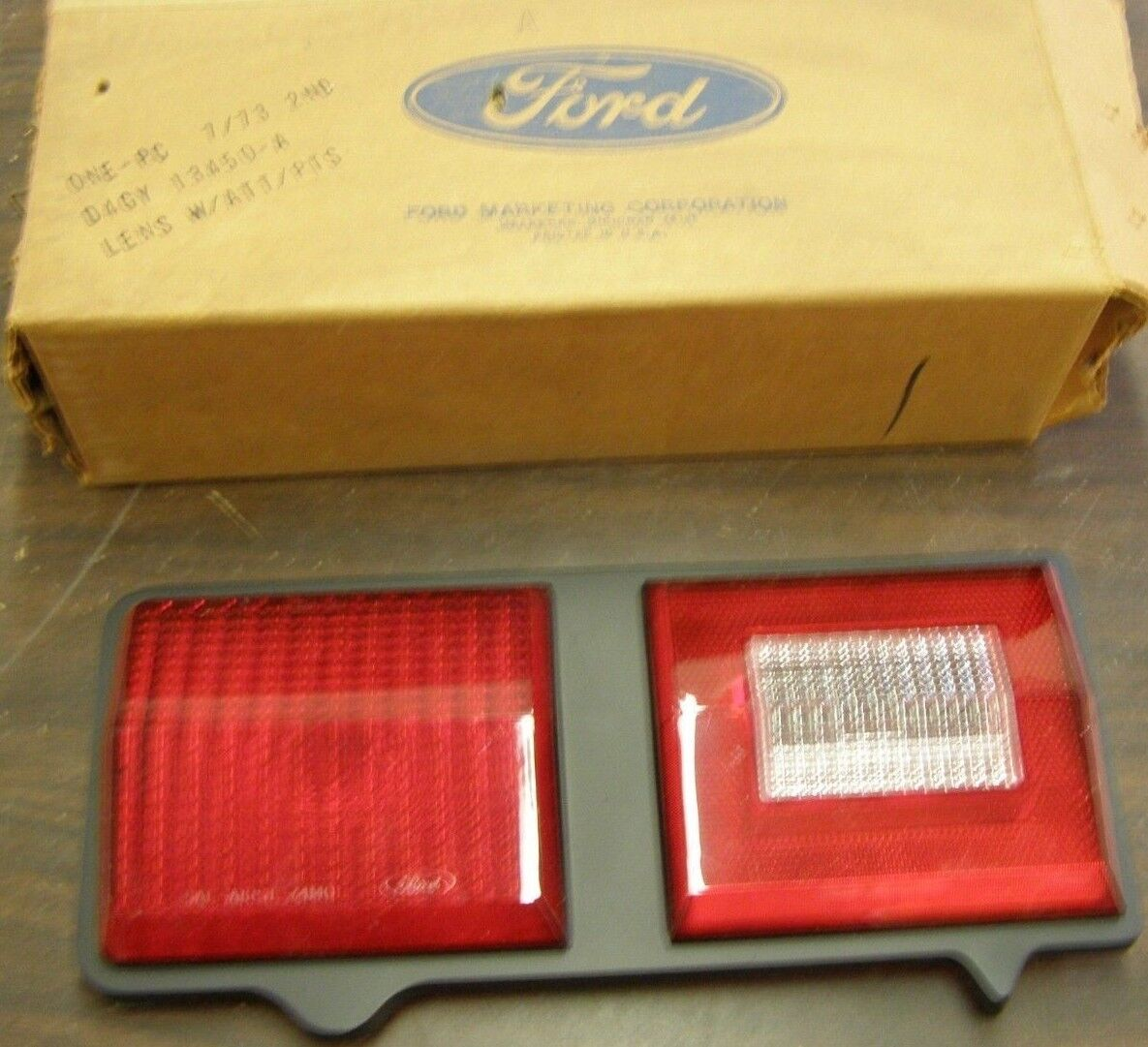 74 75 76 Mercury Montego Right Rear Taillight Lens NOS D4GY-13450-A