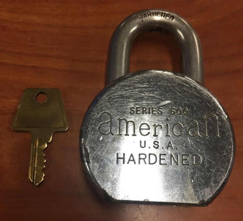 Vintage American U.S.A. Hardened Padlock Series 600 SHF with One Key